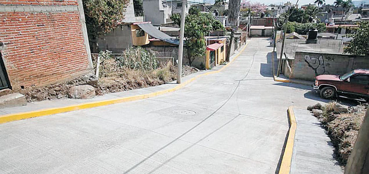 Pavimentan tres calles en Milpillas, Cuernavaca
