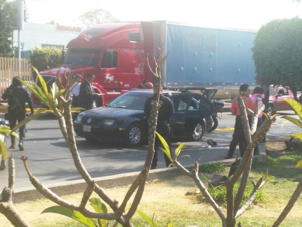 Mueren padre y dos hijos en atentado en Cuernavaca