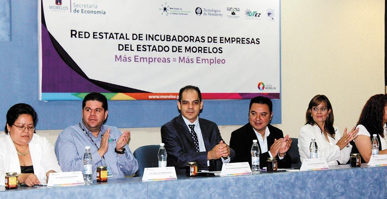 Apoyos. Juan Carlos Salgado destacó que debe fomentarse la apertura de empresas para generar más empleos.
