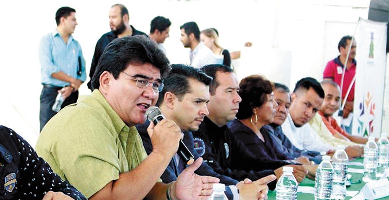 Señalamiento. José Manuel Agüero Tovar mencionó que insistirán para que su deuda sea refinanciada y puedan reducir sus intereses.