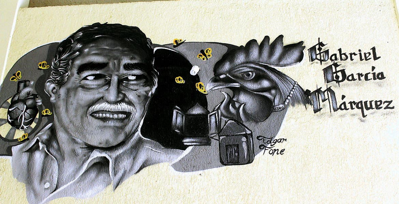 Identidad. Los murales de la biblioteca '17 de Abril', son de personajes de la cultura universal; en la primer gráfica, Pablo Picasso; la segunda es de 'Gabo'.