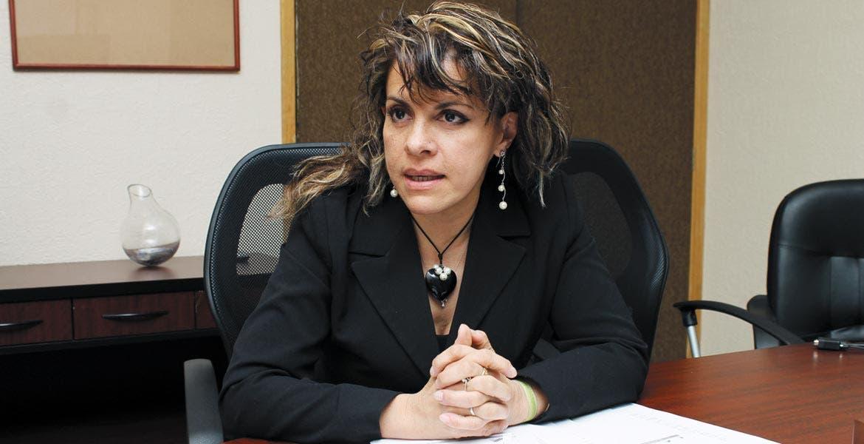 Ángela Mora González, secretaria de Salud.