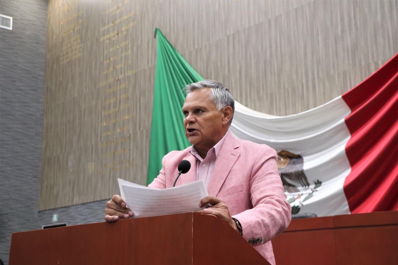 Apoyará Javier García aumento al presupuesto de la UAEM