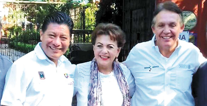 Reunión. El secretario de Gobierno, Matías Quiroz Medina, acompañado por la directora general del Inapam, Araceli Escalante Jasso y el delegado de Sedesol en Morelos, Jorge Meade.