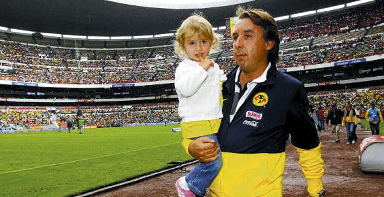 A ganar, siempre. Emilio Azcárraga habla del clásico de este domingo.