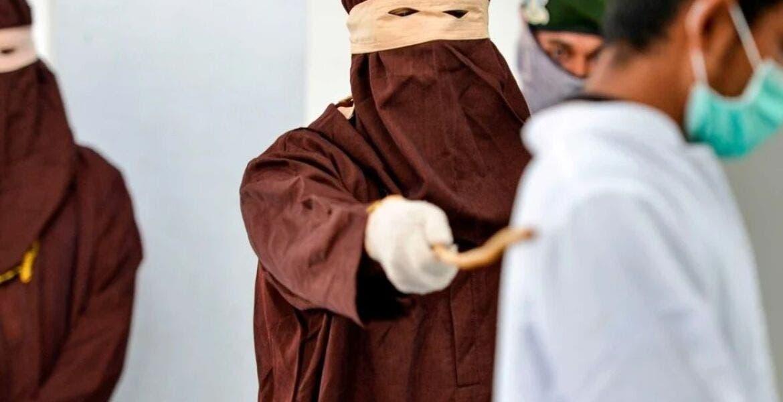 169 latigazos el castigo a un violador de menores