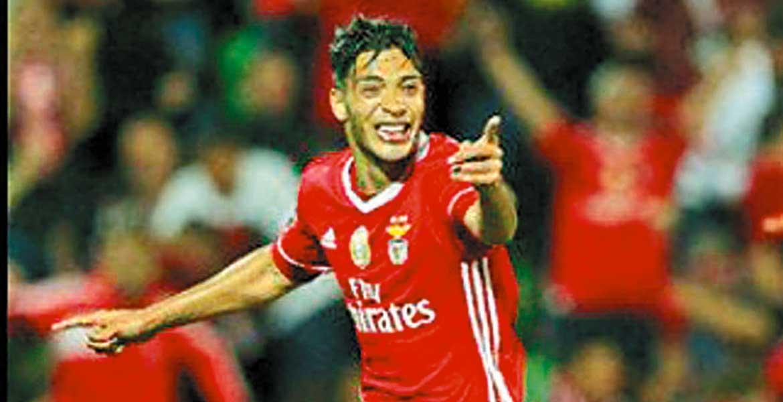 Con gol de Jiménez, Benfica a un paso del título