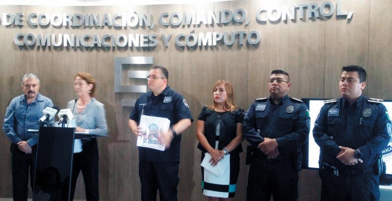 Informan. Beatriz Ramírez Velázquez junto con Jesús Alberto Capella anunciaron la implementación de un operativo en las mil 876 escuelas públicas, desde hoy hasta el 22 de agosto, con el objetivo de evitar robos en los planteles educativos.