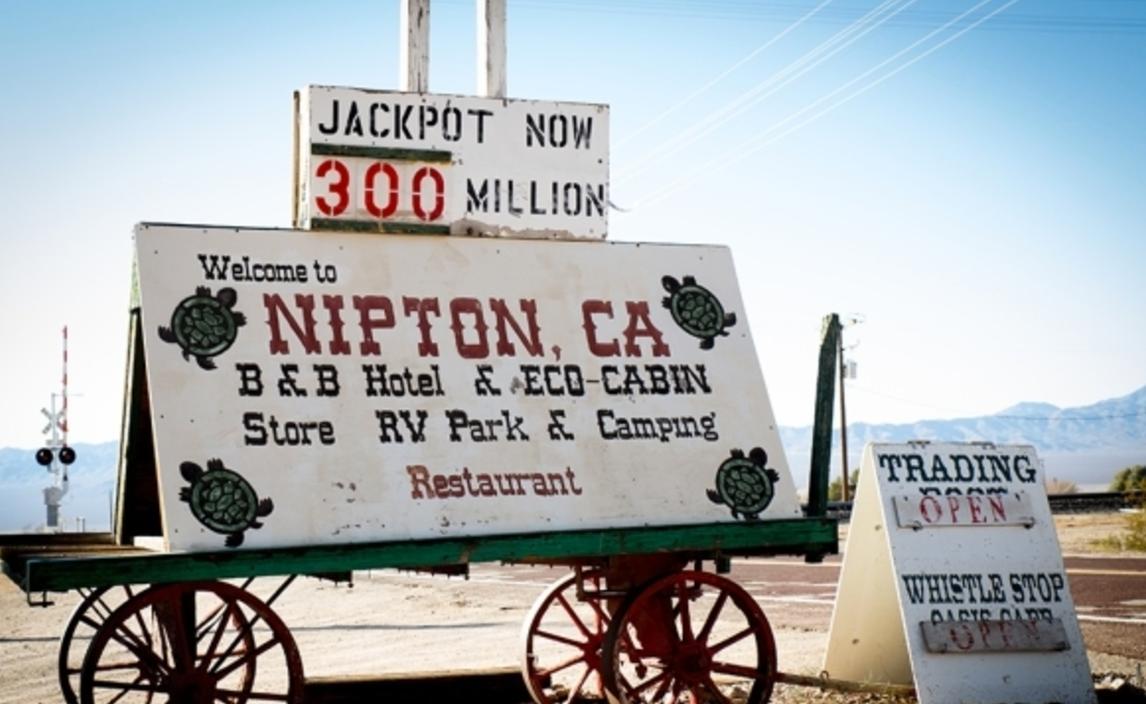 Empresa compra localidad en California para dedicarla al turismo de 'cannabis'