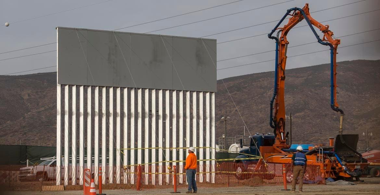 Quiere 18 mmdd Trump para muro