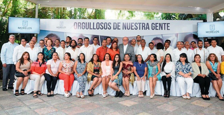Cienfuegos exhorta a encarar la deshonestidad y corrupción que dañan a México