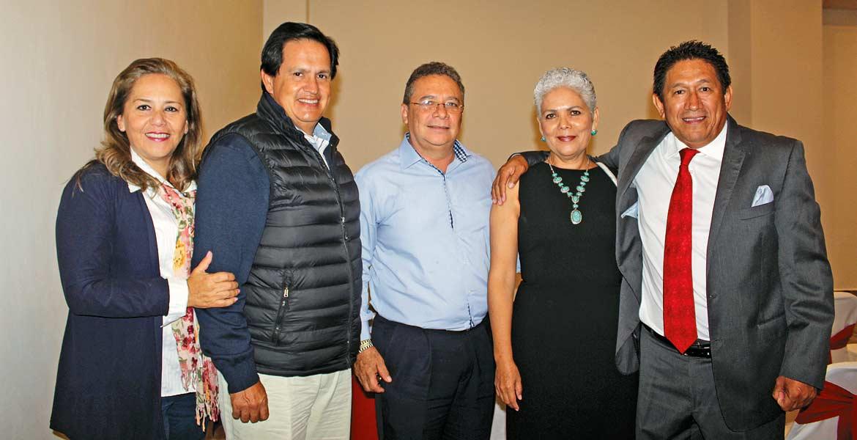 Mónica Aldave, Juan Carlos Cardona, Ángel Sotelo, Bertha Torres y Roberto Morales
