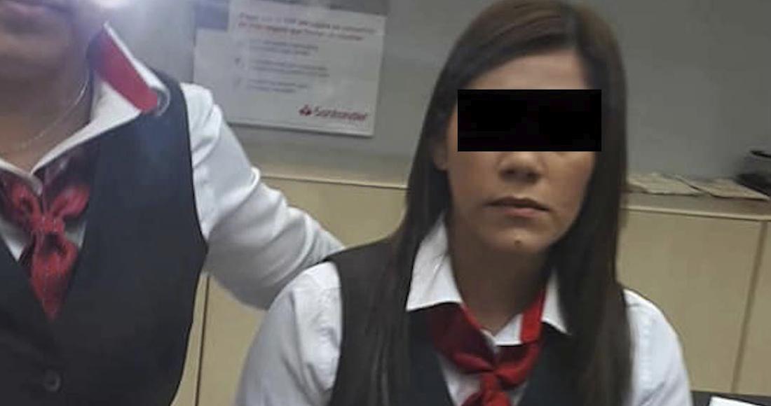Cliente de Santander se disculpa con cajera