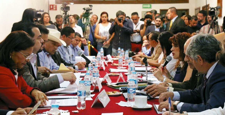 Comparecencia. Ante los diputados locales, Ángela Patricia Mora González aseguró que existe una mayor cobertura en los servicios para los habitantes morelenses