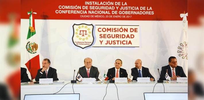 Encuentro. En reunión de la Conago, el Gobernador Graco Ramírez dijo que hay avances para fortalecer las tareas de procuración de justicia.