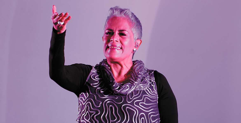 Eugenia León.