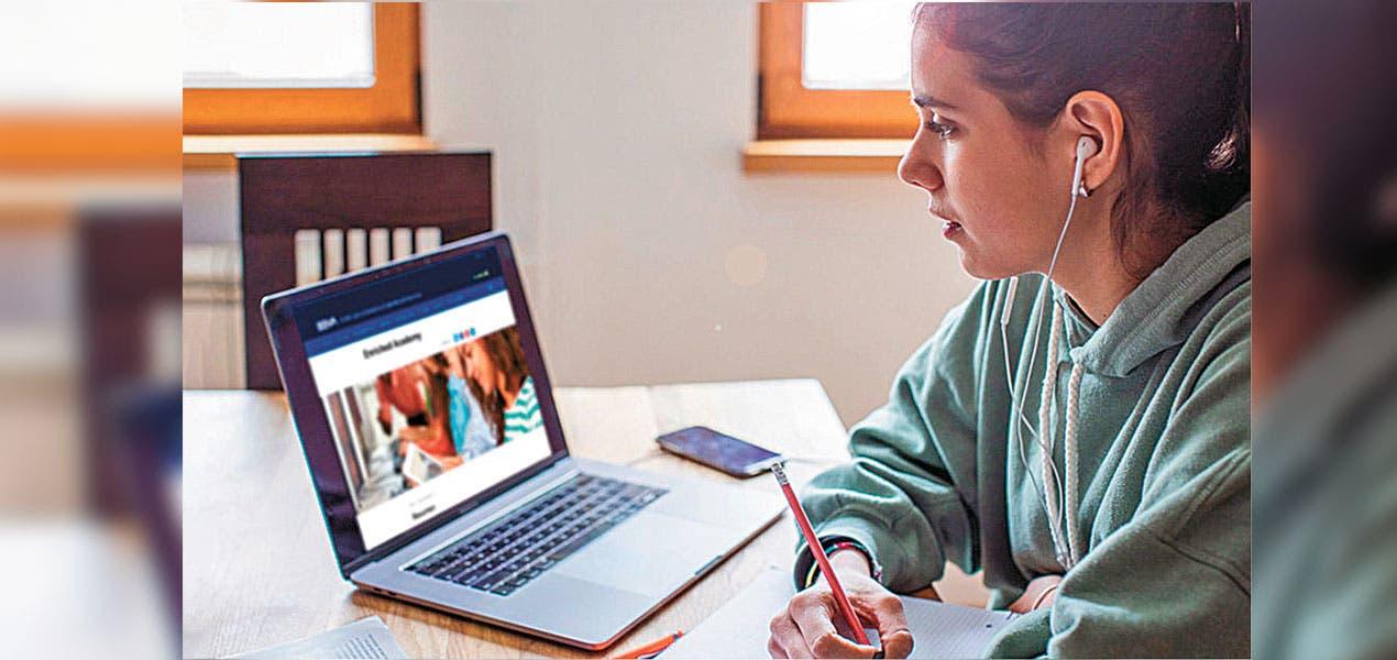 Mujeres, quien más aprovechan cursos de educación financiera