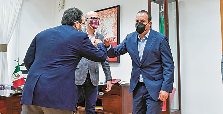 José Miguel Ángel Van-Dick Puga. El nuevo titular del IMSS Morelos se reúne con el gobernador Cuauhtémoc Blanco.