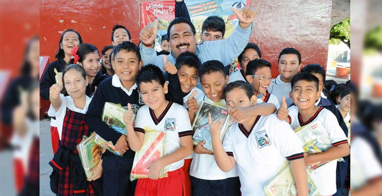 Apoyo. Desde el inicio de la administración, el Ayuntamiento de Cuautla mostró decisión para impulsar la educación; muestra de ello fue la reactivación del programa de útiles escolares gratuitos.