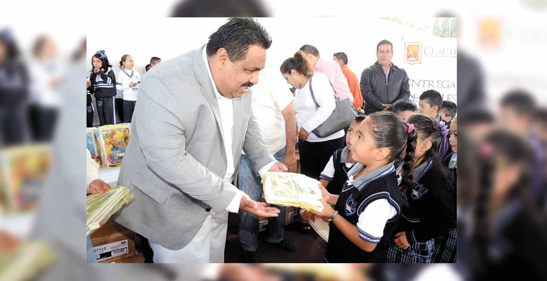 Compromiso. El alcalde Raúl Tadeo Nava señaló que su administración está comprometida con apoyar a los sectores que más lo necesitan.