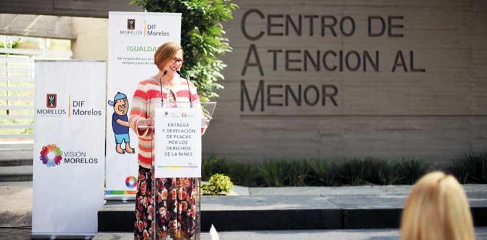 Capacitan. La presidenta del DIF, Elena Cepeda, destacó que hoy más niños conocen sus derechos.