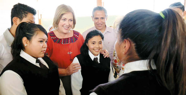 Niñez. Elena Cepeda, presidenta del DIF Morelos, señaló que es prioridad el derecho a la alimentación.
