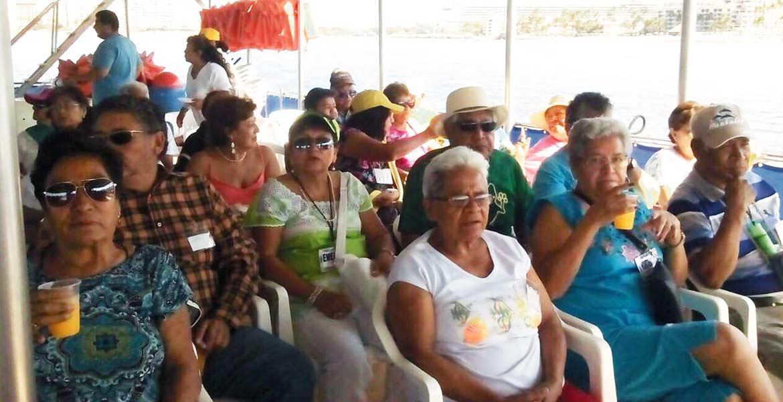 Esparcimiento. Durante 7 días, adultos mayores conocieron la costa de Nayarit y recorrieron atractivos turísticos.