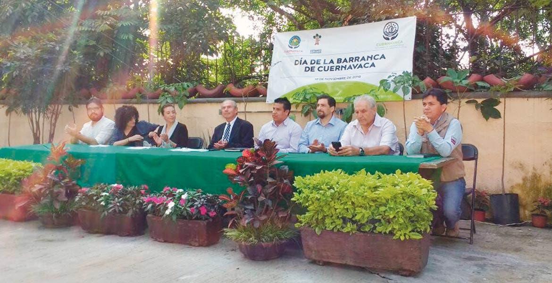 Acto. Autoridades municipales y sociedad civil realizaron la conmemoración del Día de la Barranca, en Amanalco, uno de los espacios más emblemáticos de la capital.