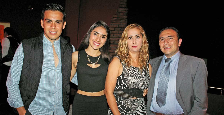 Héctor Alquicira, Samantha García, Nayeli Anaya e Israel Pérez.
