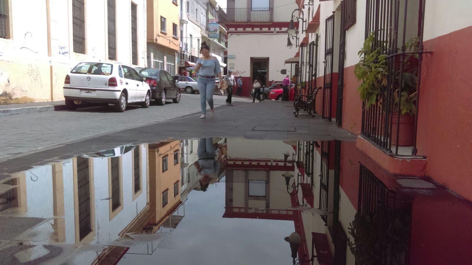 Deja 'Beatriz' 5 muertos, calles y casas dañadas, en Oaxaca