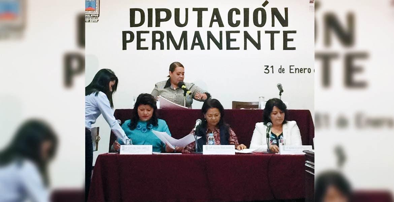 Terminan. Ayer, los legisladores clausuraron la Diputación Permanente, tras rendir un informe.