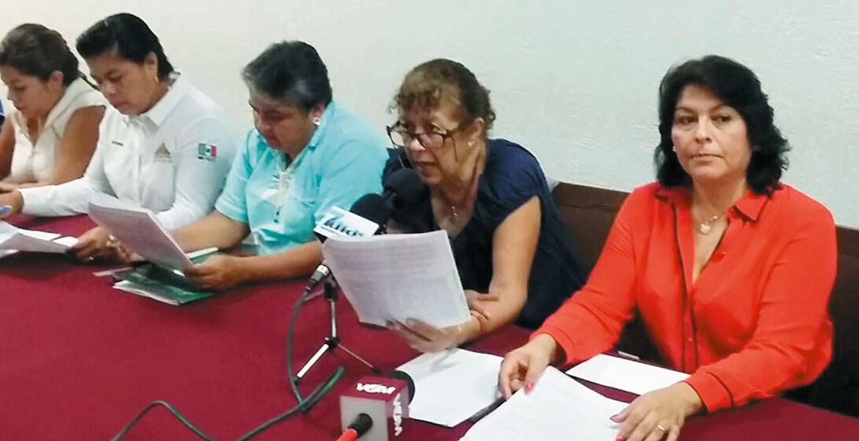 Respaldo. Diputados exigen respeto del alcalde Jorge Miranda Abarca, para la síndica municipal Susana Fuentes.