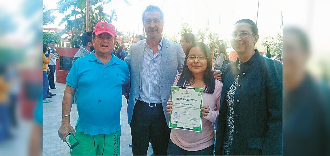Dulce Nahomi muestra en Morelos cómo se forma una científica