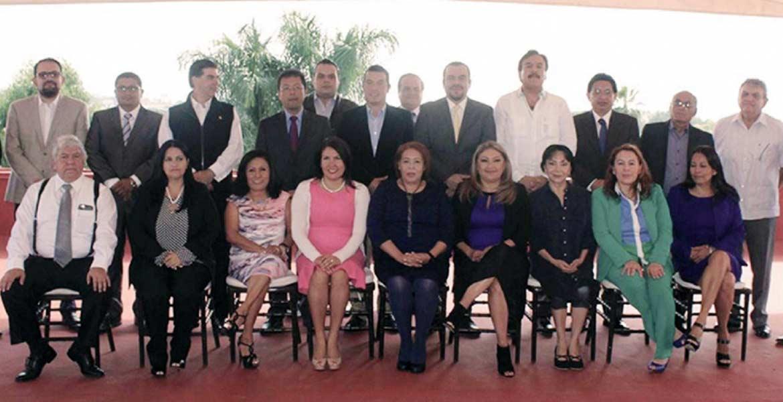 Encuentro. Integrantes de la Junta Política del Congreso así como de la mesa directiva se reunieron ayer con la magistrada presidenta del TSJ, Carmen Verónica López Cuevas.