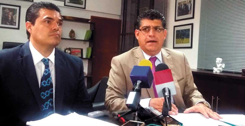 Conferencia. Autoridades municipales anunciaron en rueda de prensa las conclusiones a las que llegó la Fiscalía.