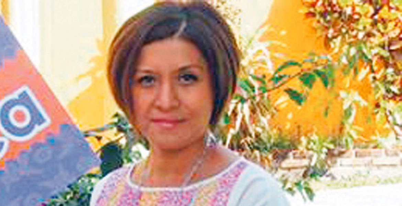 Señalan. Flor Dessiré León Hernández mencionó que quieren que especialistas analicen el currículum de las candidatas.