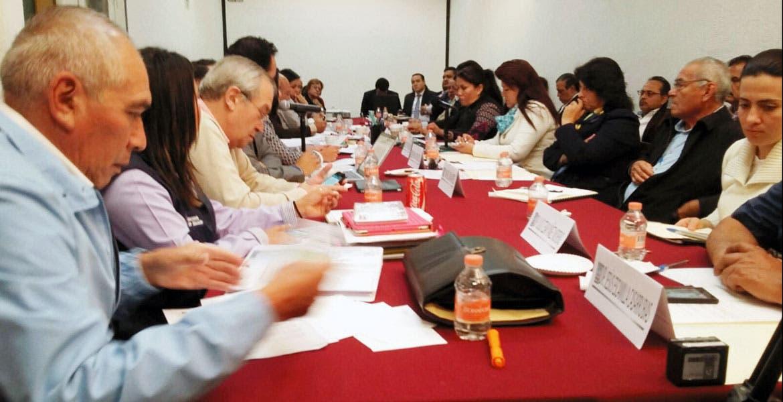 Detallan logros. El Gabinete social del Gobierno del estado resolvió las dudas de los legisladores.