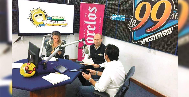 """Participación. En el noticiero """"Diario de Morelos informa a la 8"""", con Claudia Castellanos y Pablo Rubén Villalobos, el presidente del CDE del PRD, Rodrigo Gayosso Cepeda, lanzó el llamado para la población."""