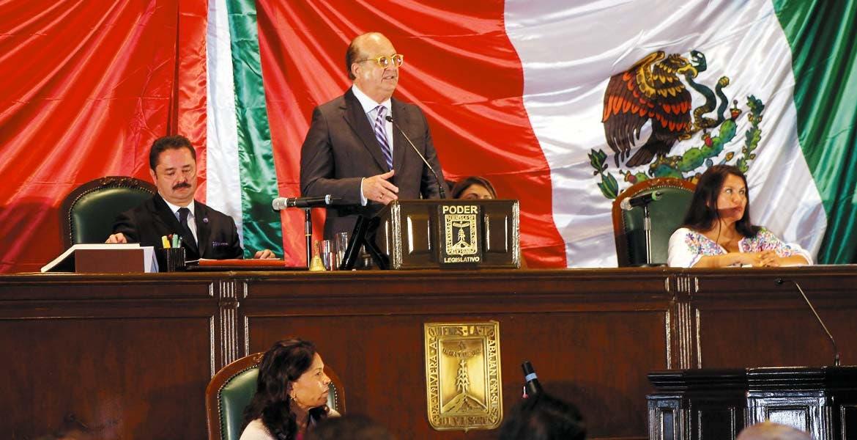 Respaldo. El Gobernador Graco Ramírez reconoció la aprobación de la 'Ley de Matrimonios Igualitarios', la 'Ley de Municipios Indígenas', y la 'Ley de Transporte'.
