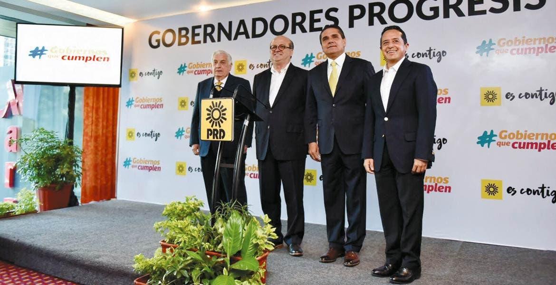Frente progresista. De izquierda a derecha, Arturo Núñez, Graco Ramírez, Silvano Aureoles y Carlos Joquín González, gobernadores de Tabasco, Morelos, Michoacán y Quintana Roo, respectivamente.