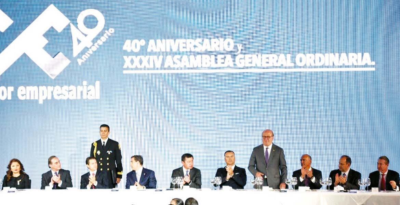 Participación. El Gobernador Graco Ramírez acompañó al presidente Enrique Peña Nieto durante el 40 aniversario y la XXXIV Asamblea Ordinaria del Consejo Coordinador Empresarial (CCE).