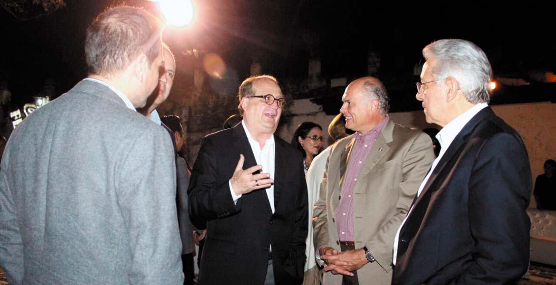 Encuentro. Durante el coctel de bienvenida, el Gobernador Graco Ramírez conversó con empresarios del país y de diversas partes del mundo.
