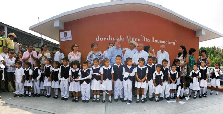 Prioridad. El Gobernador Graco Ramírez visitó el jardín de Niños Río Usumacinta para entregar áreas mejoradas