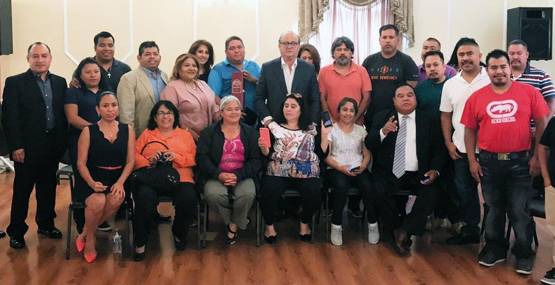 Encuentro. El Gobernador Graco Ramírez se reunió con migrantes que residen en Los Ángeles, California.