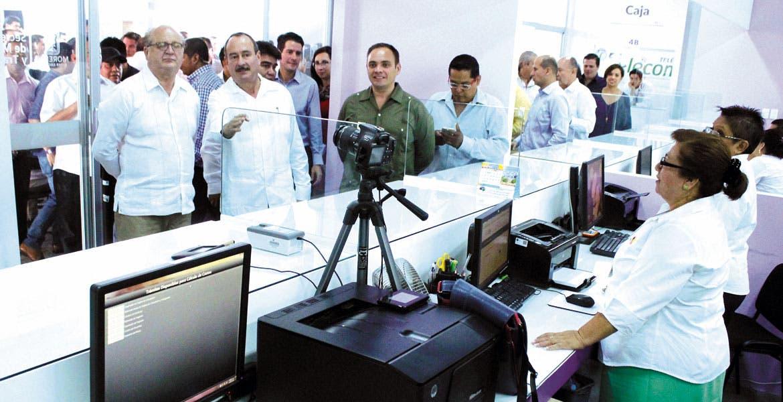 Recorrido. El Gobernador Graco Ramírez constató que las instalaciones se encuentran listas para operar.