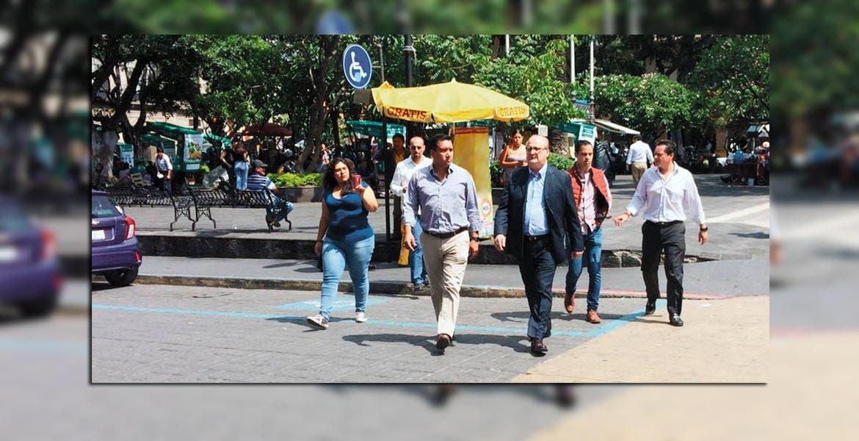 Con empresarios del centro de Cuernavaca, trabajamos para detonar la economía del Centro Histórico.- Graco Ramírez, Gobernador del Estado