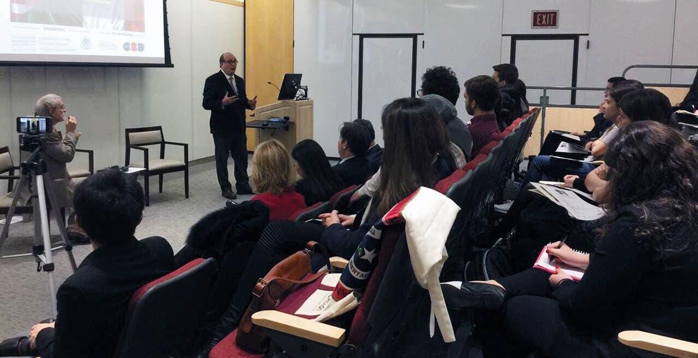 """Actividades. El Gobernador Graco Ramírez ofreció una ponencia para estudiantes de la George Washington University titulada """"El rol de los gobiernos subnacionales en la relación México-Estados Unidos"""""""