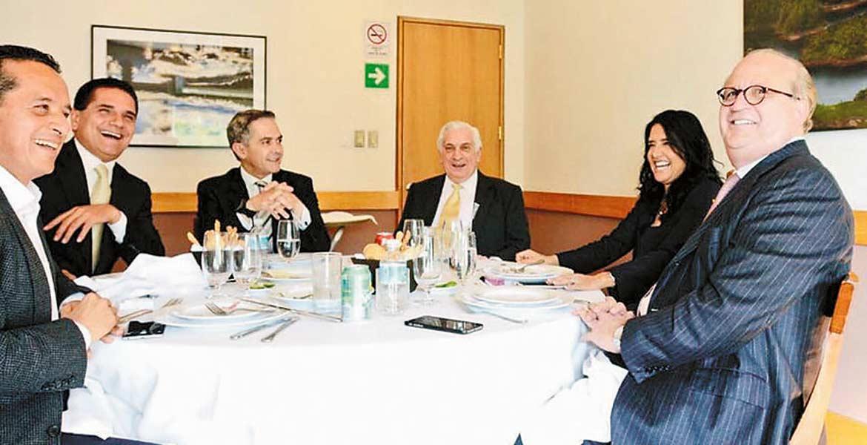 El Gobernador Graco Ramírez sostuvo un encuentro con sus homólogos