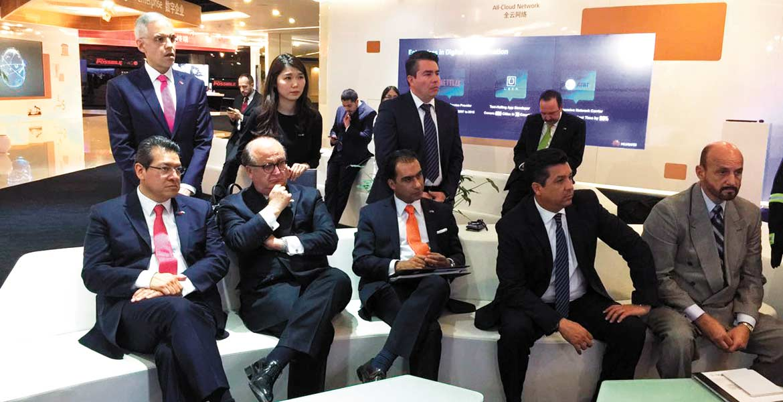 Visita. El Gobernador Graco Ramírez conoció la tecnología de videovigilancia aplicada por la empresa Huawei Technologies Co..