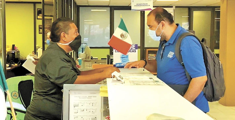 Credencializará IEBEM a trabajadores de Educación